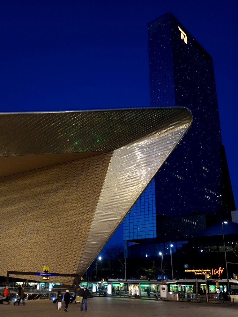 Rotterdam Central Station by night